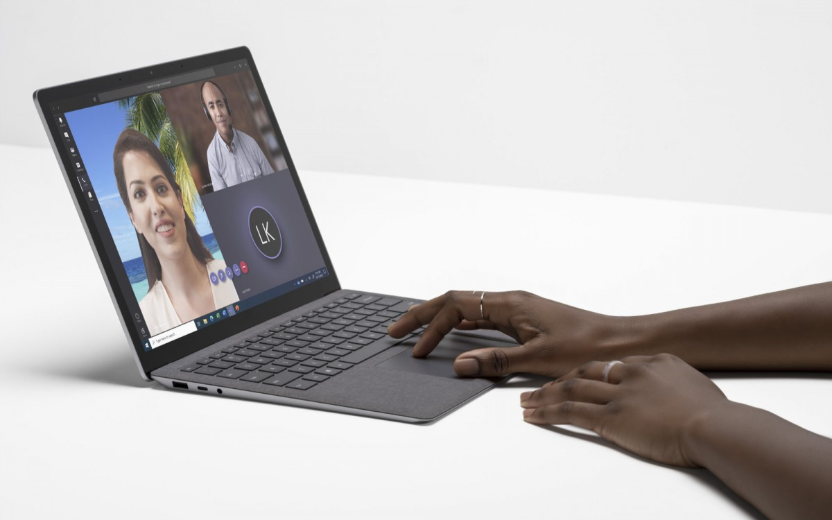 حاسوب Surface Laptop 4